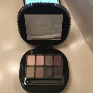 MAC Keepsakes/Plum Eyes Eyeshadow Palette 8 colors
